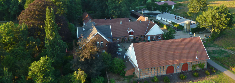 Hof Sudhaus Middendorf - Hofansichten - Bild 02